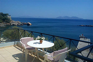 Ikaria Rooms - Guesthouses